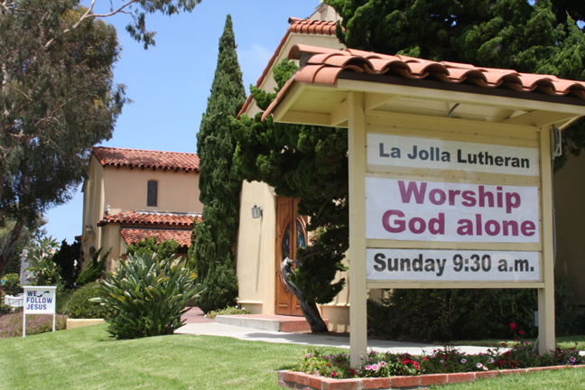 La Jolla Lutheran Church sign - Worship God alone